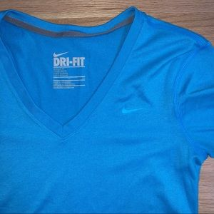Nike DRI-FIT T-shirt Blue Women's Small
